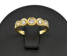Yellow gold ring with 5 brilliant cut diamonds totalling 0.4 ct in bezel setting design.