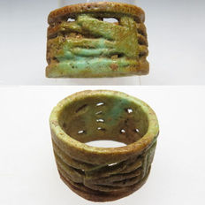 Egyptian faience decorated ring with God and 2 Lotus flowers - 19 mm