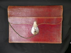 Briefcase, weekly diary in red morocco leather, France, circa 1820