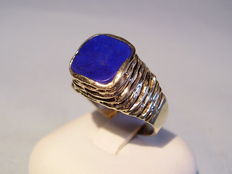 Gold lapis lazuli ring, handmade around 1960