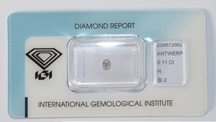 0.11 ct brilliant-cut diamond, H, SI2