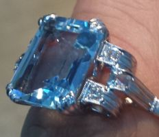 Gold ring with diamonds and sky blue​ topazes - Low reserve price