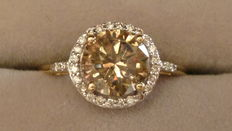 Champagne diamant 1,75 ct  18 kt gouden ring.