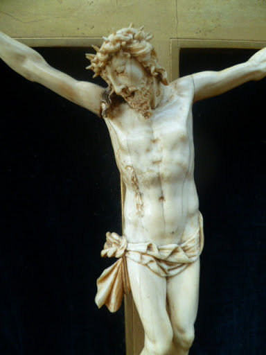 A carved ivory Corpus Christi - France - 18th century