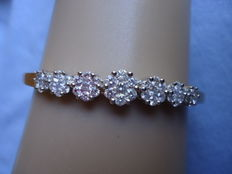 Ladies 18 Kt Rose Gold Bracelet with 2.20 carats brilliant white diamonds - Weight 14.6 Grams