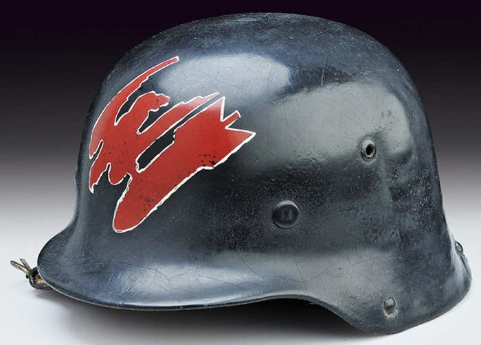 German helmet 1935 modified for the crews of bombers of the Battle of Britain.