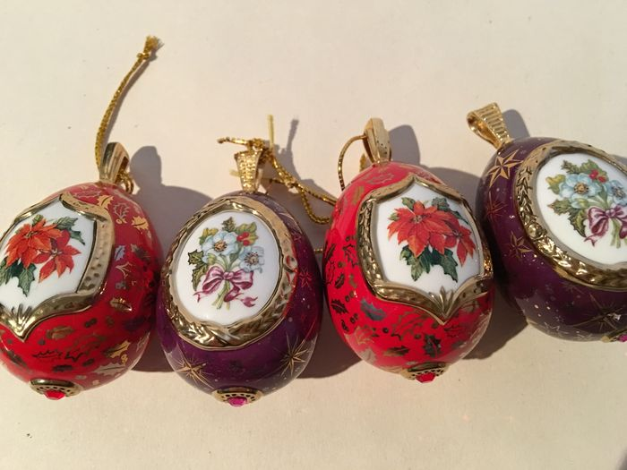 4 24k gilt decorative eggs porcelain Christmas ornaments House of Fabergé  by Franklin Mint Christmas egg ornament collection - 2nd half 20th century - 4 24k Gilt Decorative Eggs Porcelain Christmas Ornaments House Of