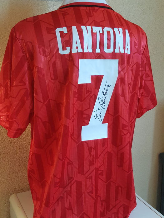 buy online d3138 ac7b0 Eric Cantona - Official retro Manchester United 1994 FA Cup ...