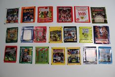 Panini - 19 different packets + 1 packet SL Italy
