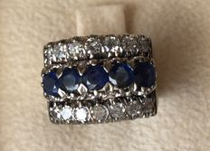 Ring with diamonds and sapphires.