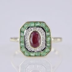 Yellow gold women's ring in Art Deco style with ruby, emeralds and diamonds