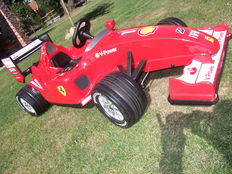 Kids Ferrari 12 volts with adapter  - 151 x 69 x 38 cm
