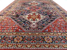 "Modern Kashgai – 345 x 248 cm – ""Large oriental eye-catcher in beautiful condition"""
