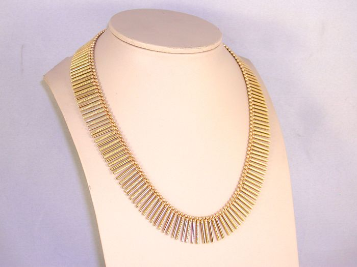 18K Cleopatra gold necklace ca. 1950-1970