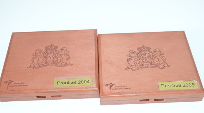 Holland - Jaarsets (proof) 2004 en 2005