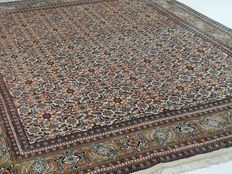 """Indo Herati - 314 x 256 cm - """"large oriental rug in warm colours - beautiful condition"""""""