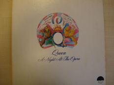 Nice Lot with 6 Great Queen LP Albums