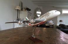 Emirates Airbus A380, large/heavy solid resin model on stand - scale 1/150!