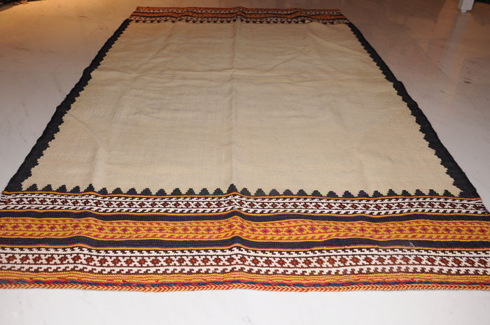 QASHQAI - KILIM, HANDWOVEN, SOUTH PERSIAN AROUND 1940, approx. 177 x 105 cm