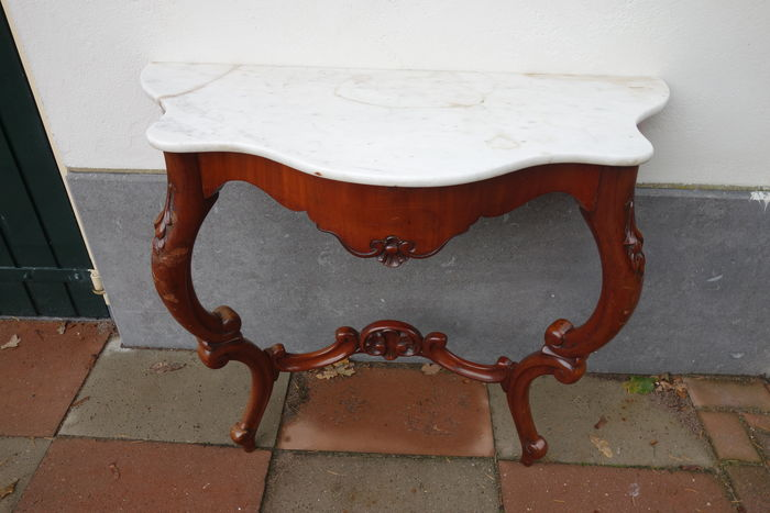 A William III mahogany console table with white marble top - Netherlands - circa 1865