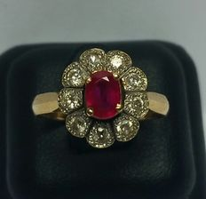 Vintage ring with diamonds + ruby
