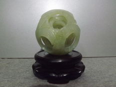 Cantonese sculpted ball in jadeite nephrite jade – China – Early 20th century