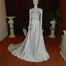 Isabel de Mestre wedding dress