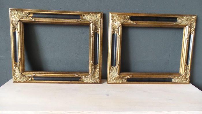 Two gilded baroque picture frames - 30 x 40 cm - 21st century - Catawiki