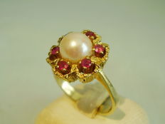 Gold ruby ring with real Akoya pearl