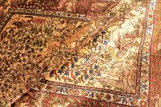Valuable, unique, old hand-knotted silk palace carpet – gold Hereke silk on silk – carpet with animal motifs –SIGNED Hereke – fine 1,400,000 knots per square metre 103 x 160 cm unique, like new