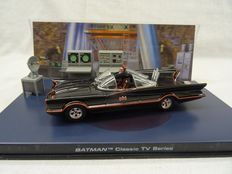 Batman - Eaglemoss - Scale 1/43 - Batman Classic TV Series 1966 including 3D card