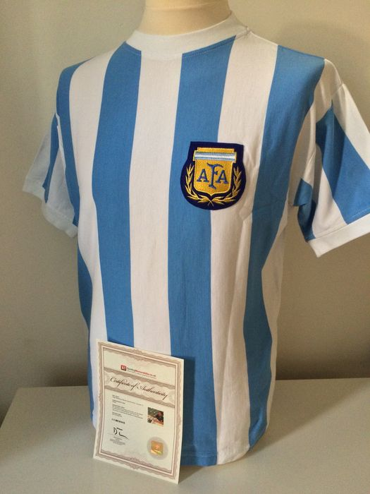 66f8babbe70 Diego Maradona   Argentina - Original by Maradona signed Argentina 1986  WORLD CUP retro shirt + COA A1 Sportingmemorabilia including photo proof.