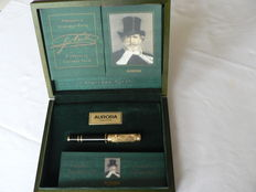 "Aurora giuseppe verdi ""opera"" limited edition fountain pen."