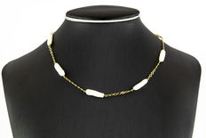 Yellow gold 18 kt/750 - Necklace - Irregular fresh water cultured pearls