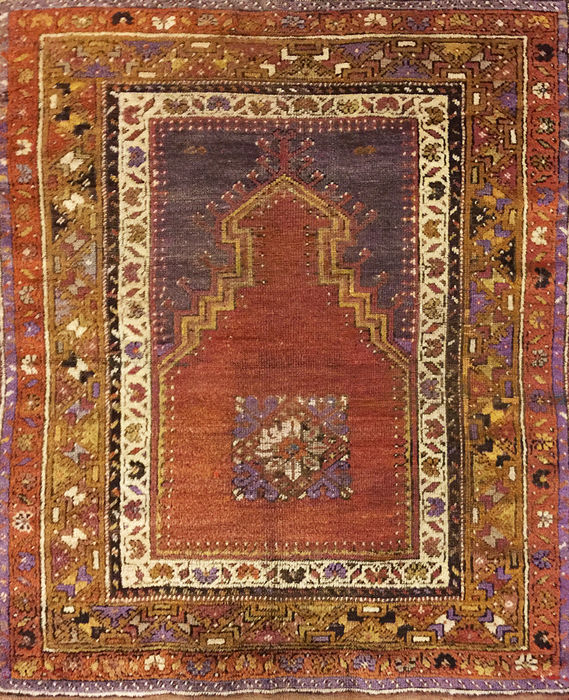 Antique Bergama prayer carpet, Anatolia, 127 x 96 cm