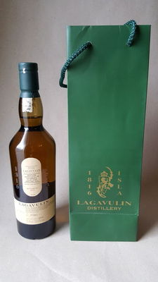 Lagavulin Islay Jazz Festival 2015 with free 3 ml sample of this whisky