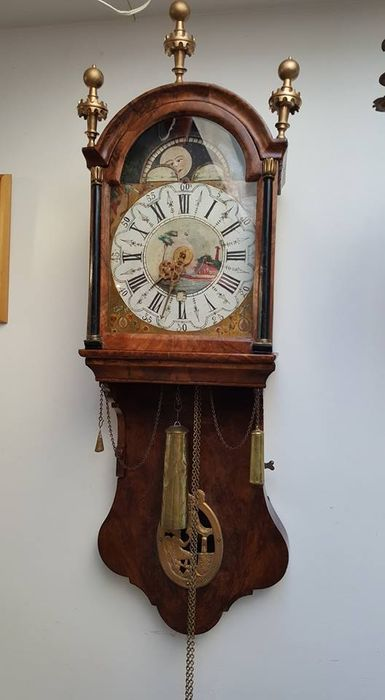 burl wood frisian short tail clock moon and date first period of the 19th century catawiki. Black Bedroom Furniture Sets. Home Design Ideas