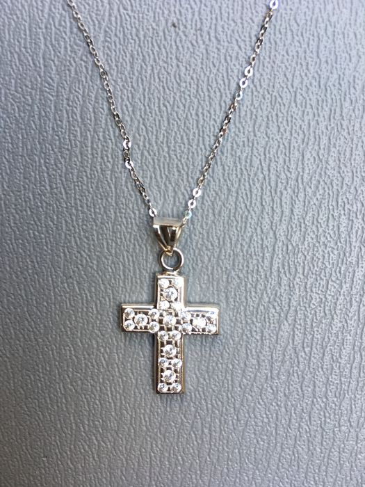 Necklace and cross in 18 kt white gold