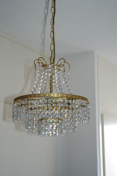 Chandelier set with cut crystal, late 20th century