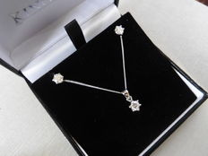 18k Gold Diamond Pendant and Earring Set - 0.40ct / 0.80ct  I, SI1