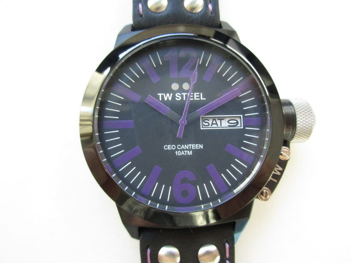 TW Steel ref.: TW856 - CEO Canteen black / purple men's wristwatch - never worn