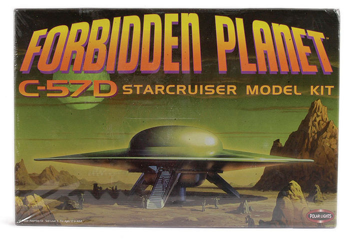 Forbidden Planet - Polar Lights - 1:72 - Robby the Robot C-57D Starcruiser model kit