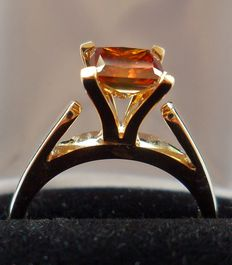 New Solitaire Ring with 1.53 ct Natural Red Diamond Princess Cut and GIL Diamond Report