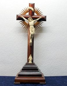 Crucifix with small altar, Jesus and Mary, early 20th century