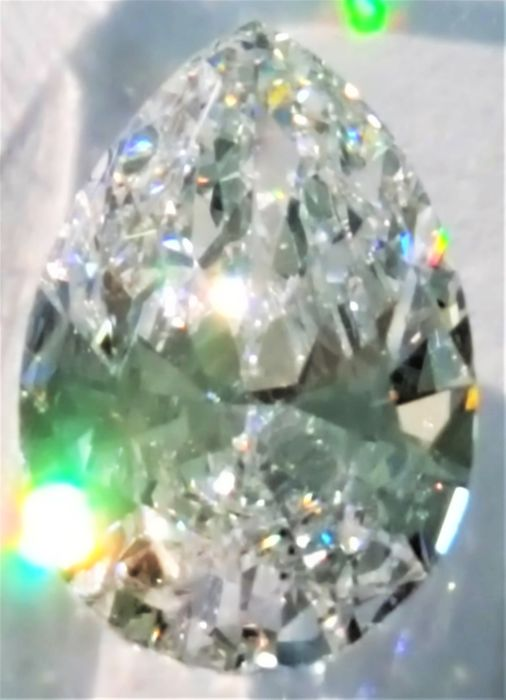 Pear cut diamond of 2.05 ct – extremely white (D) – SI1