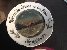 Painted plate of German soldier / painted war year 1915 + a French or German infantryman plate decorated stamps Front 14-18