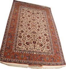 "Old handmade silk and wool Persian Isfahan rug size 250 x 155cm (8'2""x5') circa 1940"