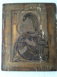 Russian icon - the Virgin Mary with the Christ child 'Vladimirskaya' - beginning of the 18th century