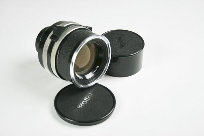 Rollei Carl Zeiss Sonnar 1 : 4 F = 150 mm lens for Rollei SL66 with Compur shutter