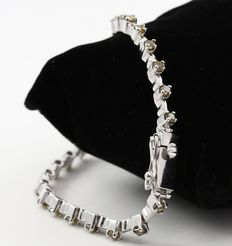 White solid gold Tennis Bracelet with Cushion Shape Color Diamonds